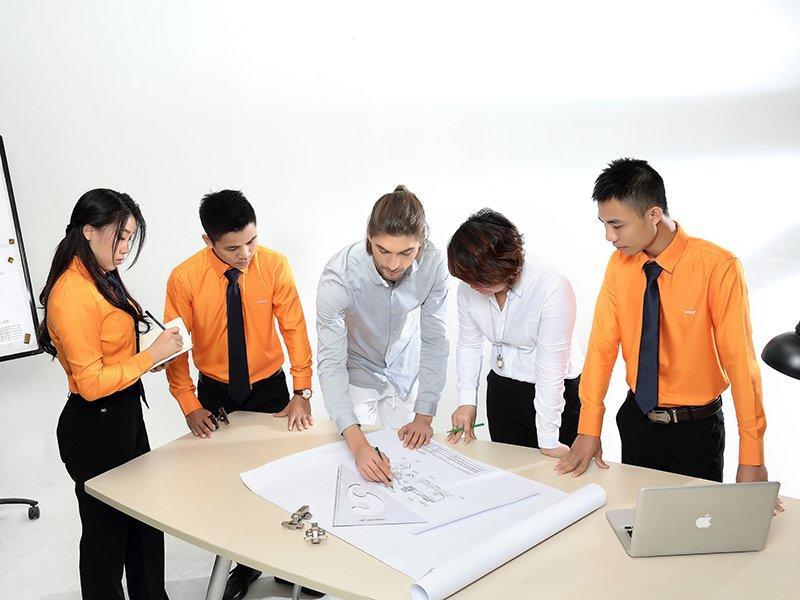Our team (3)